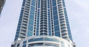 Продаются апартаменты большой площади в современном здании Corniche Tower на берегу Персидского залива (Аджман, ОАЭ)